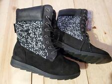 Muk Luks Women's Boots/Shoes Suede Ebony/Ivory Boots Size 7 New