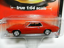 1:64 AUTO WORLD Deluxe A2 = Red 1970 Mercury Cougar *NIP*
