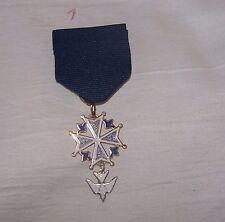 Huguenot Protestant Church Symbol Dove Lis Medal Badge Award Order Royal Society