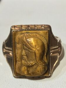 MEN'S ART DECO YELLOW GOLD CARVED TIGER'S EYE DOUBLE CAMEO RING. SIZE 8
