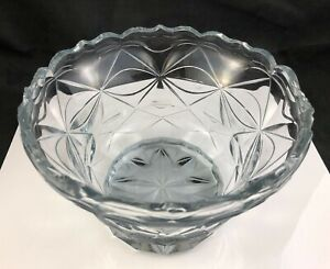"""18th Century Anglo Irish Clear Cut Glass 6 5/8"""" Footed Bowl c. 1780-1820"""