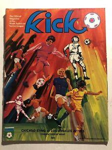 1975 Kick NASL Soccer CHICAGO Sting vs LOS ANGELES AZTECS NASL 48 page Program