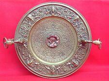 Grande coupe fin 19° Bronze doré Pieds griffes Décor Néo Renaissance Mascarons