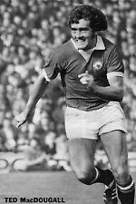 Football Photo>TED MacDOUGALL Man Utd 1972-73