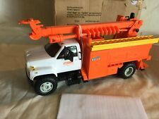 """DG Productions 1/25  Plastic Toy """"NYSEG"""" GMC Top-kick Utility Truck w/Auger Dig"""