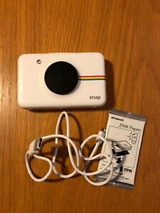 Polaroid Snap (POLSP01W) 10.0MP Instant Camera - White in full working order.
