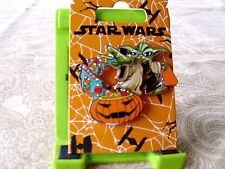 Disney * HALLOWEEN * Star Wars - YODA & PUMPKIN CANDY BOWL * New on Card Pin