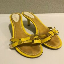 Vintage Louis Vuitton Yellow Kitten Bow Heels Size 36
