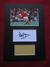 ARSENAL ENGLAND LEGEND ALAN BALL HAND SIGNED A4 MOUNTED CARD w/PHOTO DISPLAY-COA