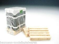 DUHA Ladegut - Spur H0 11175 - 1 Holzpalette, beladen mit Dachpappe in Folie