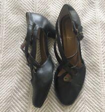 Vintage Beacon Classy Black Criss Cross Strappy Shoes Sturdy Heels 7M Euc!
