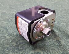 AMERICAN GRANBY PRESSURE SWITCH PUMP SWITCH PS2040 20 psi ON 40 psi OFF