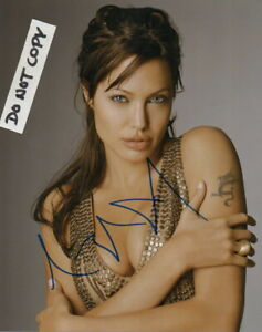 Angelina Jolie Autographed Signed 8 X 10 Photo Very SEXY!