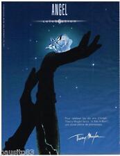PUBLICITE ADVERTISING 105  2002  THIERRY MUGLER  parfum ANGEL    A STAR IS BORN