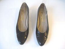 Salvatore Ferragamo Black Leather Heels With Snakeskin Cap Toe Size 6 1/2 AA