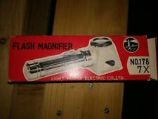 Light House Flash Magnifier Neuf de stock