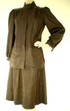 Damen-Anzüge & -Kombinationen im Kostüm-Stil aus Leder für Business-Anlässe