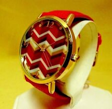 NEW IN BOX WOMEN'S GOLD TONE WATCH WITH BEAUTIFUL, ARTISTIC FACE AND PINK BAND