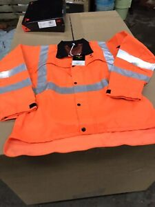 New boxed Stihl classic Hi Vis Jacket size Small chest non safety chainsaw