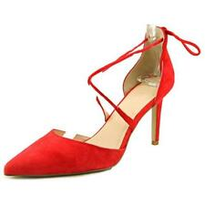 Zapatos de tacón de mujer de tacón medio (2,5-7,5 cm) de color principal rojo de ante