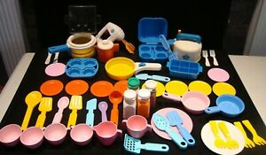 All Vintage Fisher Price Play Food Fun with Food Dishes Pots Mixer 55 Pc Lot A