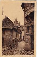 VITRE 67 maisons du moyen-âge rue d'en-bas timbrée 1937