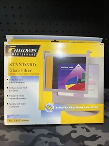 Fellowes CRC48109 Standard Glare Filter 13/15in  screen
