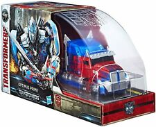 SDCC 2017 Transformers The Last Knight Optimus Prime Voyager BRAND NEW MINT