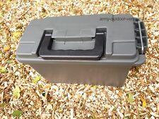 US Munitionskiste Kunststoff oliv Transportbox Ammo box abschließb. Angelkoffer