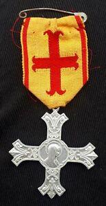 Medaille Religieuse décoration diocèse arras boulogne saint omer ste vierge