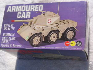 MARX BATTERY OPERATED ARMOURED CAR (COMPLETE)