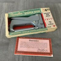 VINTAGE SWINGLINE STAPLE GUN KIT WITH BOX AND METAL STAPLER - GREAT FIND