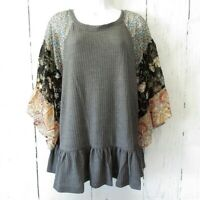 New Umgee Waffle Knit Top XL X Large Charcoal Gray Floral Paisley Bell Sleeve