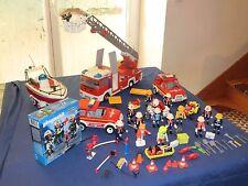 lot Playmobil 15 Pompier camion bateau voiture + bte city action 5366 unité