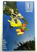 DC BATMAN DARK KNIGHT III Master Race #1 Comic-Con BOX VARIANT VF+ Ships FREE!