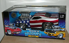 NEW Muscle Machines '70 Cuda 1:18 Scale Die Cast Funline USA American Flag
