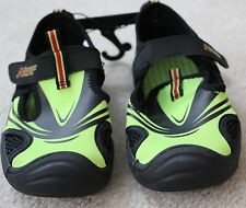 Nerf Boys Water Shoes Size Youth Medium 13-1 (Neon Green, Black) #8