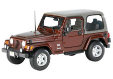 Maisto Jeep Wrangler Sahara 1:18 Diecast Model Car Brown