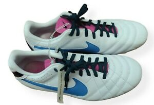 Nike Tiempo Natural 4 IV Woman Soccer / Size 9.5 / White/ Blue *New*