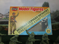 65FP VINTAGE 1/32 SCALE AIRFIX 1981 # 9 51573 MODERN GERMAN INFANTRY COMPLETE