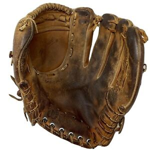 Wilson A2004 Rare Vintage Made in USA Fielders Glove Pro Model