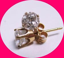 Stunning 14kt Yellow Gold Diamond Stud Earrings