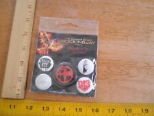 The Hunger Games Mockingjay Part 2 Badge set 5 pins Lionsgate 2015 District 13