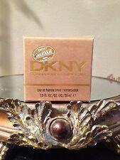 New Travel DKNY Golden Delicious Eau De Parfum Spray 1.0 oz Sealed In Box