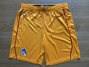 Indiana Pacers 2018-2019 Team Game Issued HWC Shorts Nike Size 44+1 Gold Satin