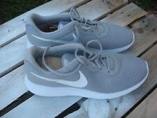 Nike Tanjun Men's 13 Gray White