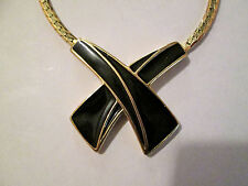 Vintage Trifari choker necklace black enamel and goldtone 70s-80s