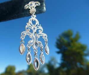 BEAUTIFUL 14k White Gold DANGLE EARRINGS Great design and on