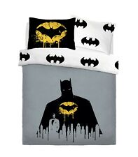 WARNER BROTHERS BATMAN DARK KNIGHT Duvet Cover Set with Pillowcases