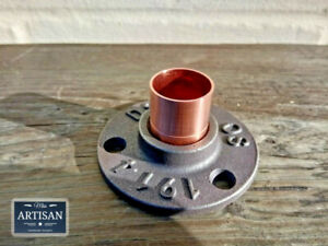 22mm Copper Malleable Iron Floor / Wall Flange Pipe Mount Fits 22mm Copper Pipe